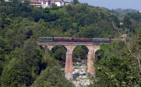 Ferrovia del Tanaro