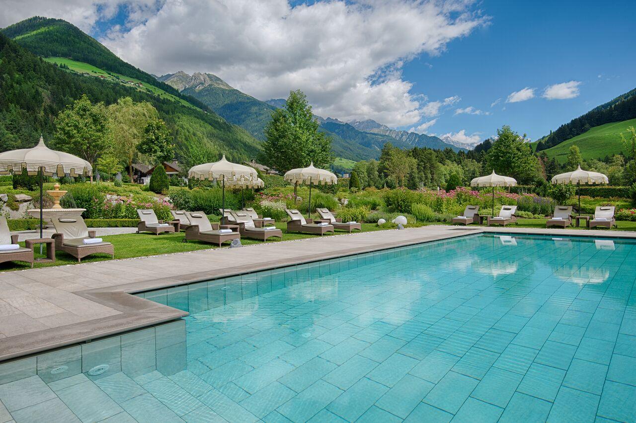 Hotel Con Piscina Panoramica Trentino
