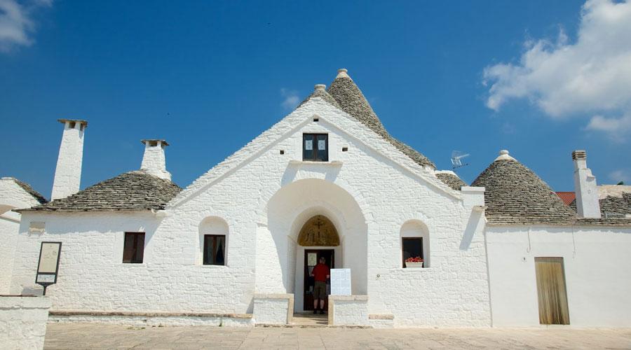 Trullo-Sovrano-Alberobello