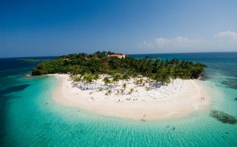 Isola nell'oceano. Fonte: Ente del Turismo della Repubblica Dominicana. Workation proposte