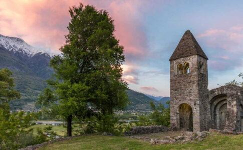Valtellina: Abbazia di San Pietro in Vallate. Via Valtellina.it.