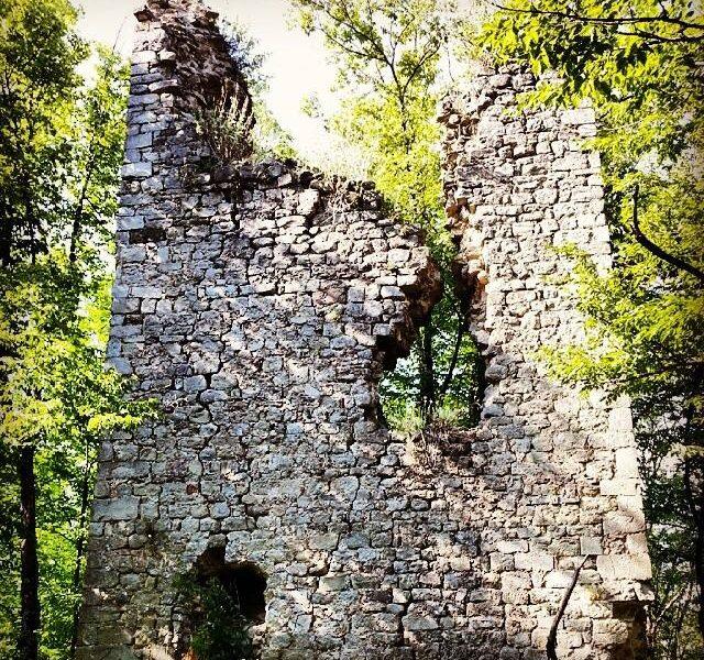 Rovine. Castello di Giovagallo Fonte: Visit Tuscany celebrazioni dantesche