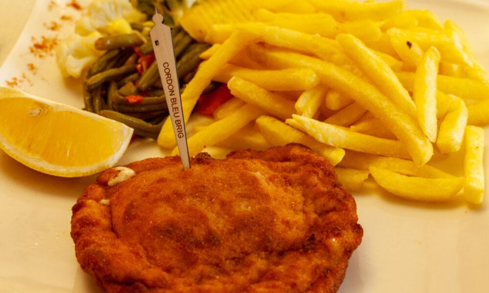 Cordon bleu: ricetta tipica del Vallese. Ph. BST-AG, via Valais.ch.