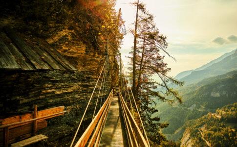 Ponte sospeso in Vallese ©Switzerland-Tourism-Giglio-Pasqua