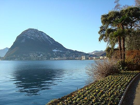 Panorama di Lugano. Via Wikimedia Commons.