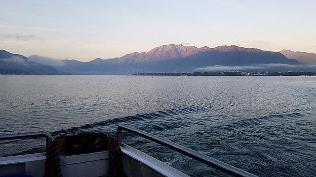 Outdoor in Ticino: veduta del Lago Maggiore. Via Wikimedia Commons.