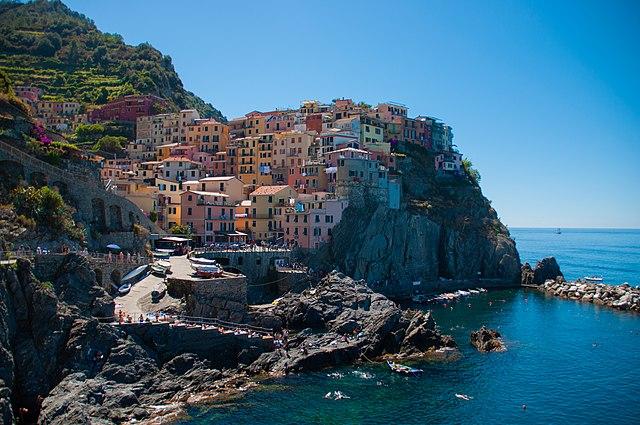 Cinque Terre. Estate 2021: vendita immobili. Via Wikimedia Commons.