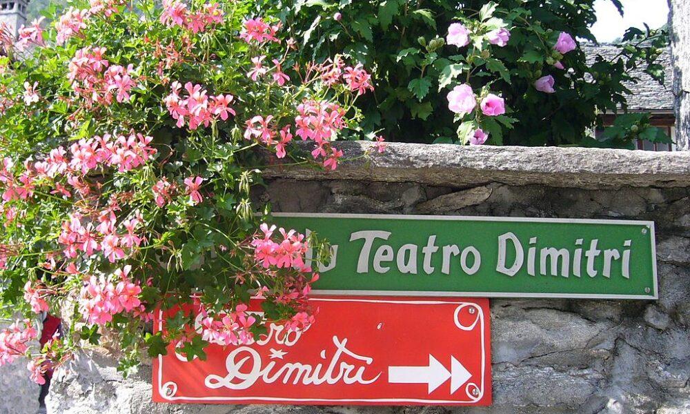 Teatro Dimitri. Via Wikimedia Commons.