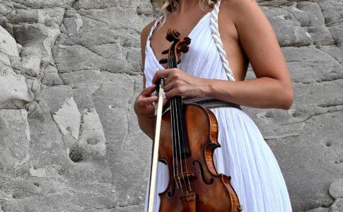Anna Tifu, la violinista a Festivalflorio 2021. Via Festivalflorio.