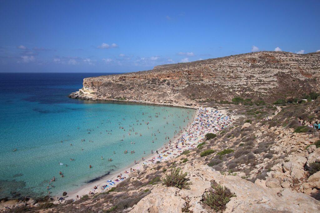 Lampedusa. Estate 2021: vendita immobili. Via Immobiliare.it.