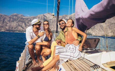 Gruppo di vacanze Letyourboat