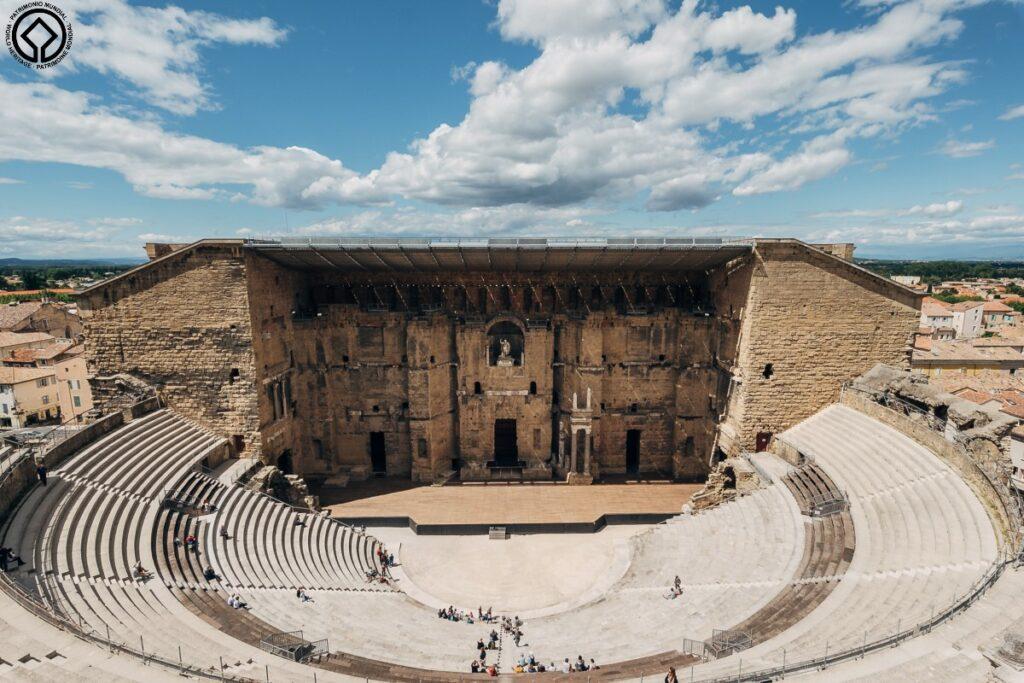 Teatro antico di Orange. Siti Unesco in Francia: le mete fra Provenza ed Occitania. Fonte World Tourism Event.