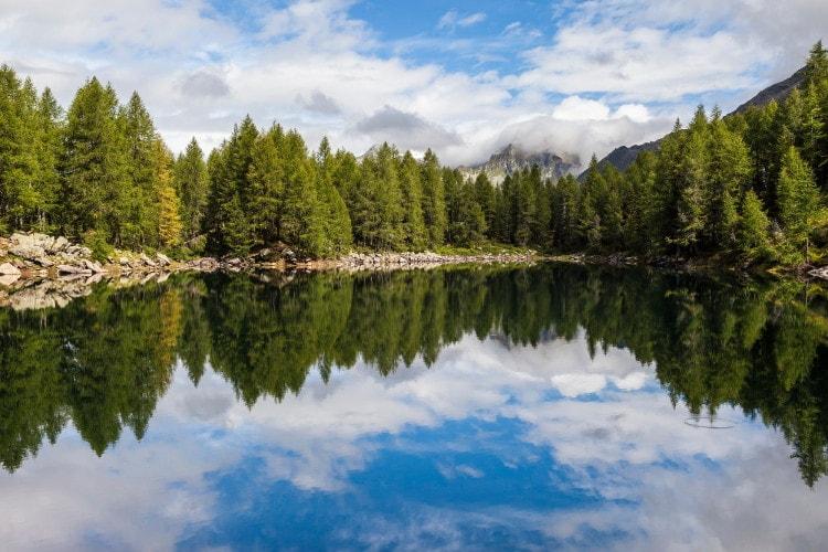 Lago Azzurro. Via Valtellina.it.