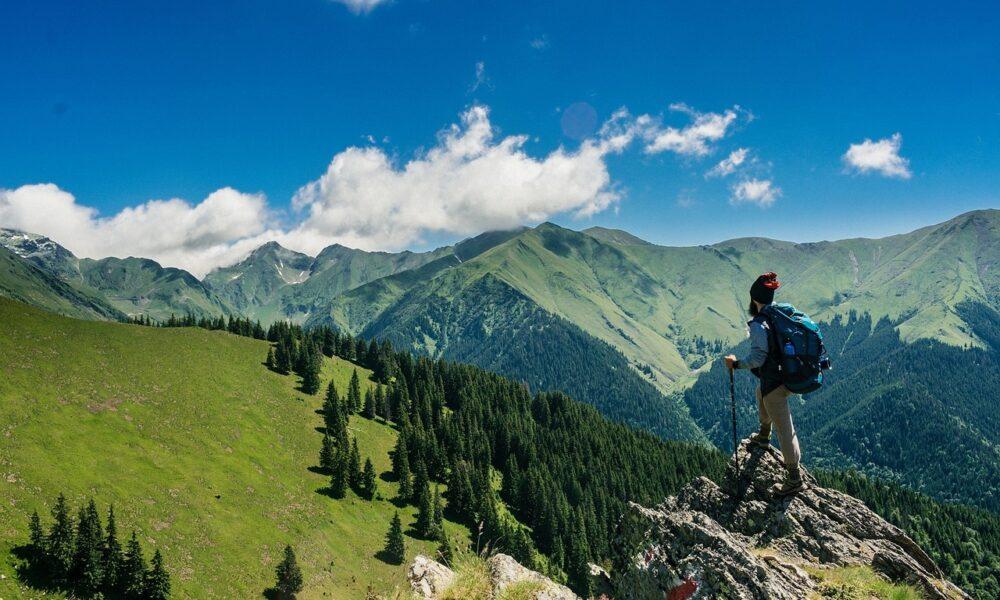 Montagna in sicurezza, escursionista
