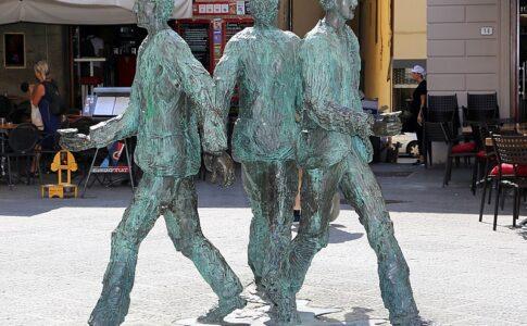 Street art Pistoia ROberto BArni, Il giro del Sole. Via Wikimedia Commons.