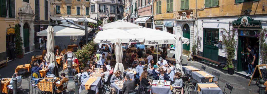 Centro storico di Genova. Via Visit Genoa.