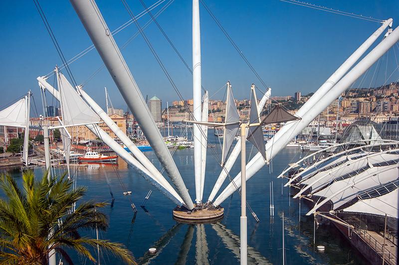 Porto Antico. Via Visit Genoa.