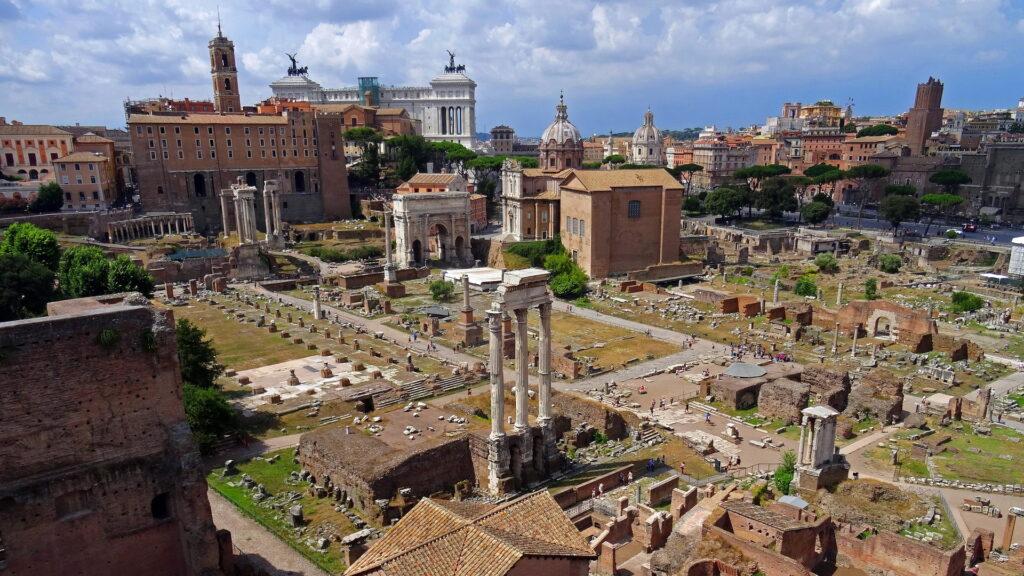 Rione Campitelli. Via Roma Turismo.
