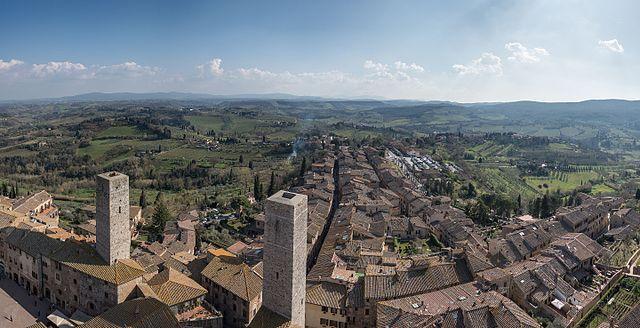 San Gimignano. Via Wikimedia Commons.