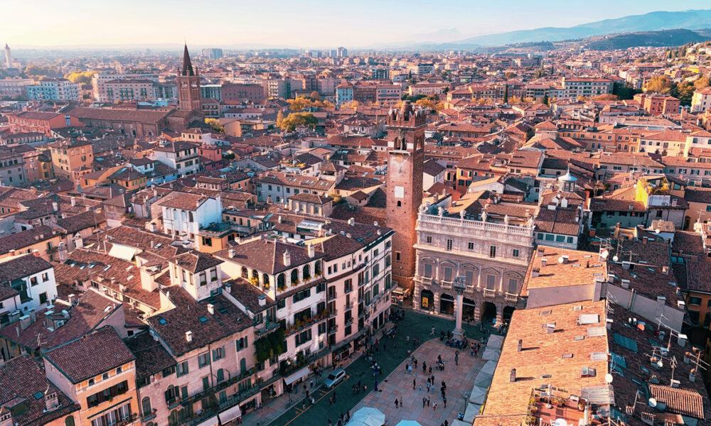 Dante a Verona Foto: Fabio Tura
