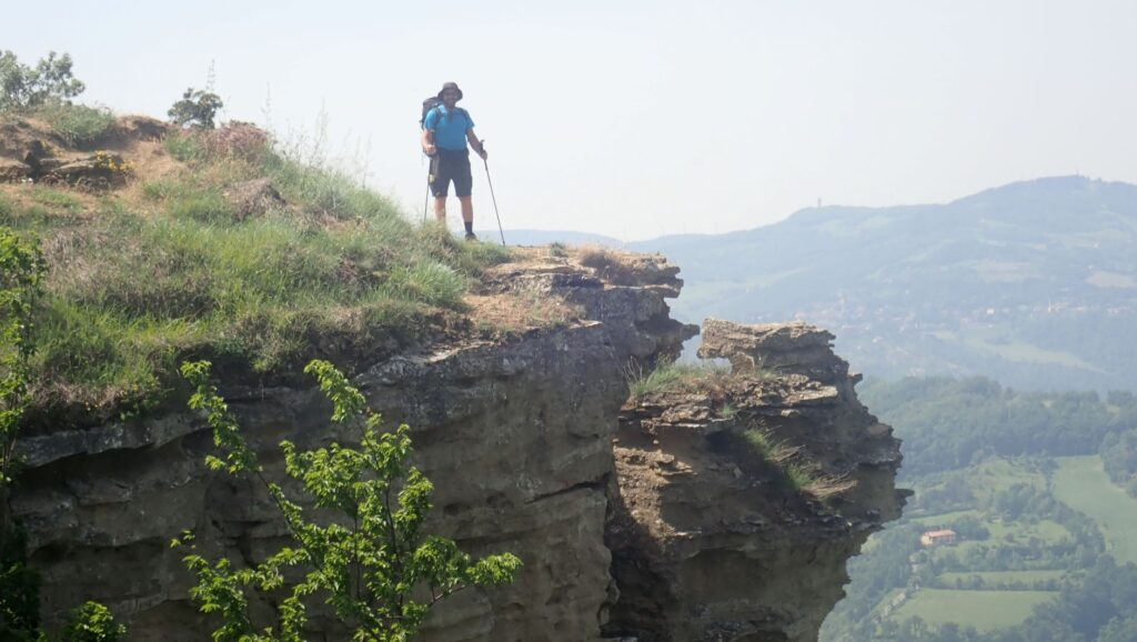 I contrafforti pliocenici del Monte Adone (ph. Laura Marina Mandelli).