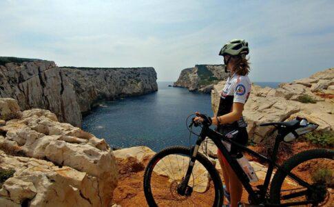 Bici Credits: Sardinia Cycling Fonte: Sardegna Turismo