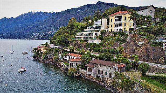 Ascona. Via Wikimedia Commons.
