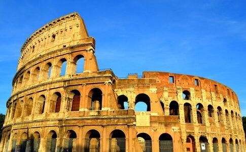 Colosseo. Via Wikimedia Commons.