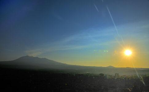 Estate 2021. Monte Etna. Via Wikimedia Commons (ph. Francesco Pappalardo).