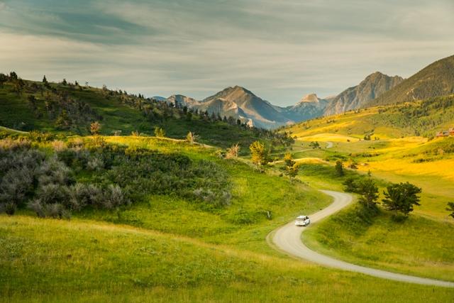 Gli spazi aperti del Montana a Bozeman. Via Great American West