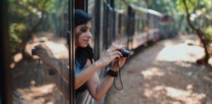 Viaggi sostenibili, una ricerca di Booking