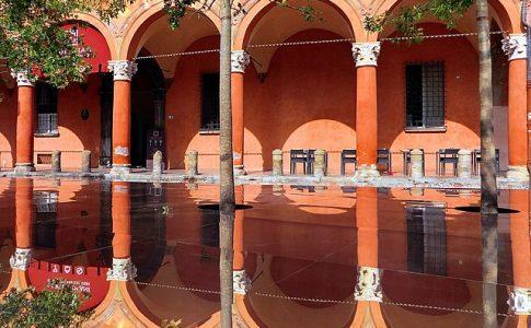 portici bologna via wikimedia commons