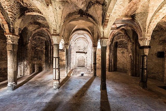 Cripta di Sant'Eusebio. Via Wikimedia Commons.