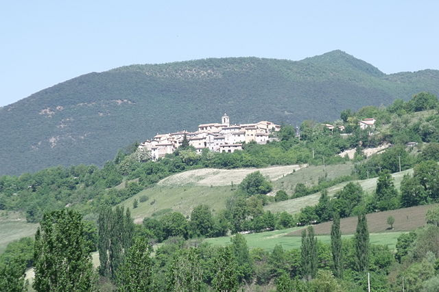 Veduta di Preci. Via Wikimedia Commons.