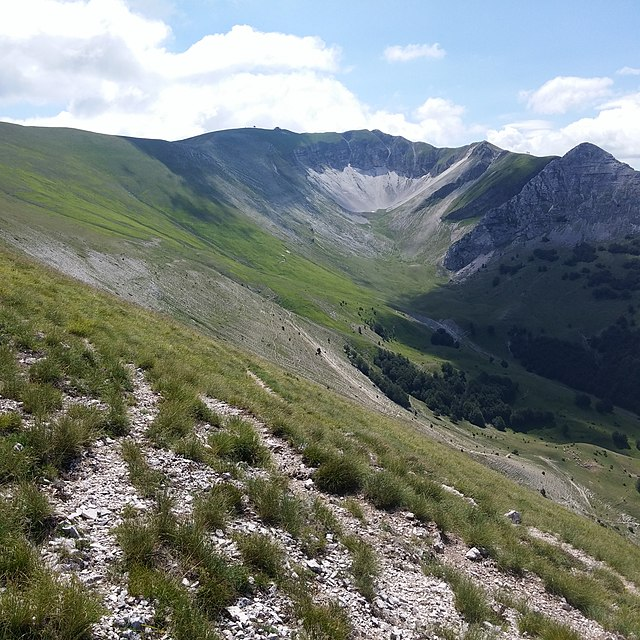 Panorama del Monte Bove. Via Wikimedia Commons.