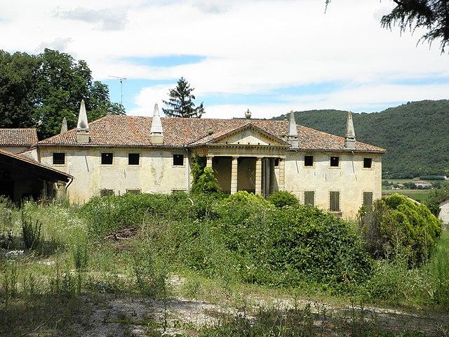 Villa Priuli LAzzarini. Via Wikimedia Commons.