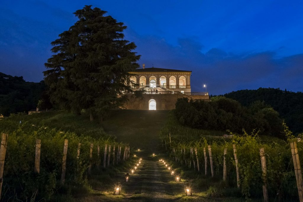 Villa dei Vescovi (PD) di notte_Foto Stefano Crove_2016_(C) FAI - Fondo Ambiente Italiano