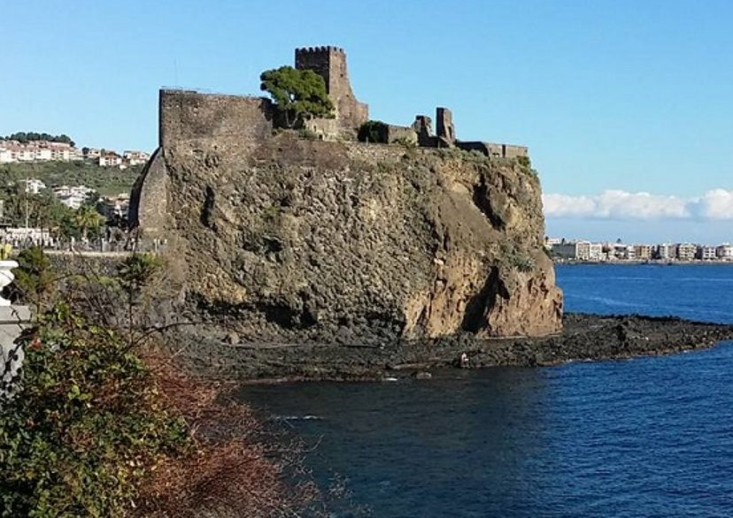 aci castello via visit sicily