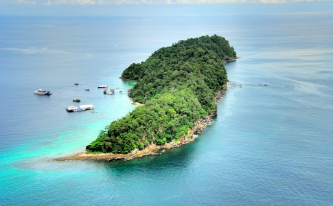 Pulau Payar Marine Park via malaysia travel