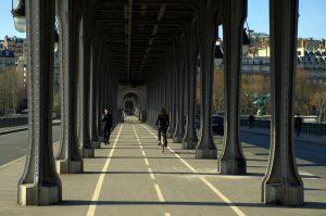 Ambientazione film Parigi: ponte di Bir Hakeim