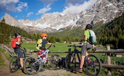 Trentino Mountain bike in Val di Fassa. Photo by: APT Fassa